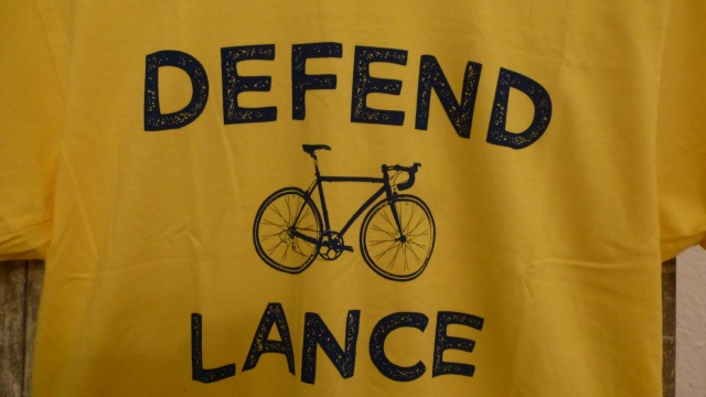 Defend Lance Armstrong - Pedal Pushers T-Shirt yellow tour de france