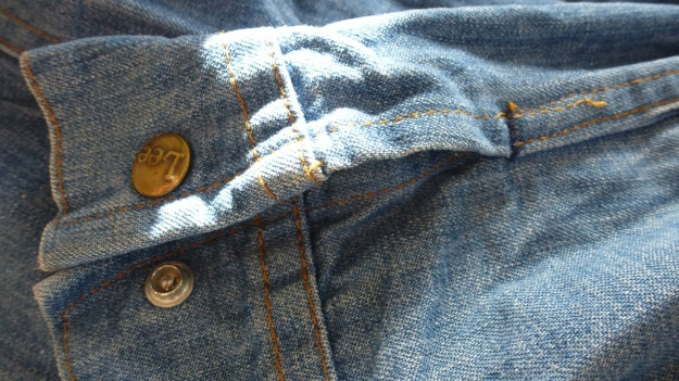 vintage lee denim shirt sleeve area