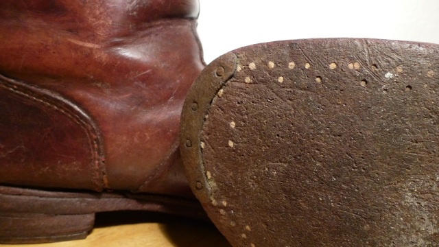 brown felt boots - santa claus details sole, wooden shoe nails