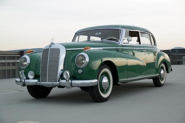 Mercedes-Benz 300 b W186 III Adenauer front right