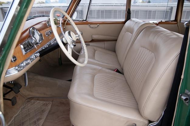 Mercedes-Benz 300 b W186 III Adenauer interieur