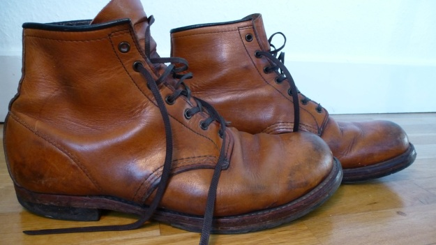 Red Wing 9013 shoes boots side view both