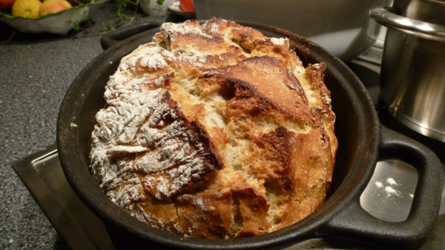 Bread and Pizza Workshop no knead iron cast bread method recipe