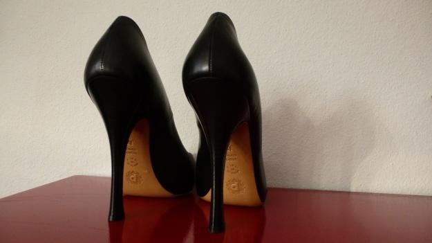 Pollini high heels 09