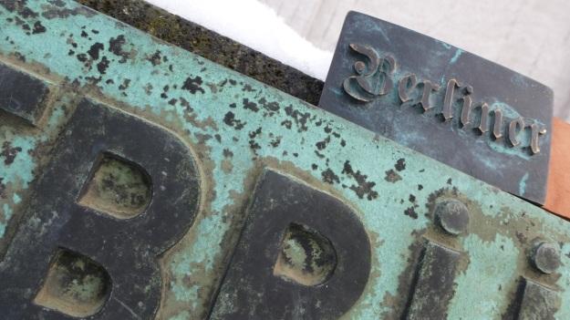 Platz der Luftbrücke Berlin - Feinschuck Berlin Belt Buckle3