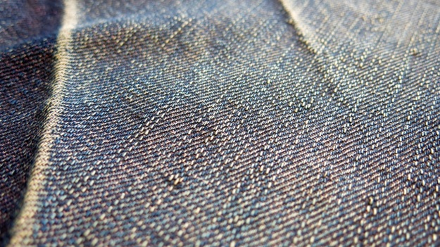 pure blue japan & syoaiya denim macro images19