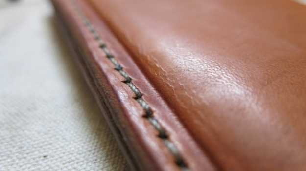 DIY hand sewn IPhone 5 leather sheath 722