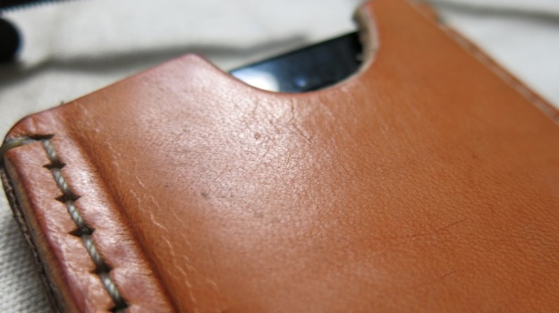 DIY hand sewn IPhone 5 leather sheath 723