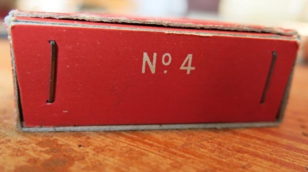 Omega Bureaunadeln  718
