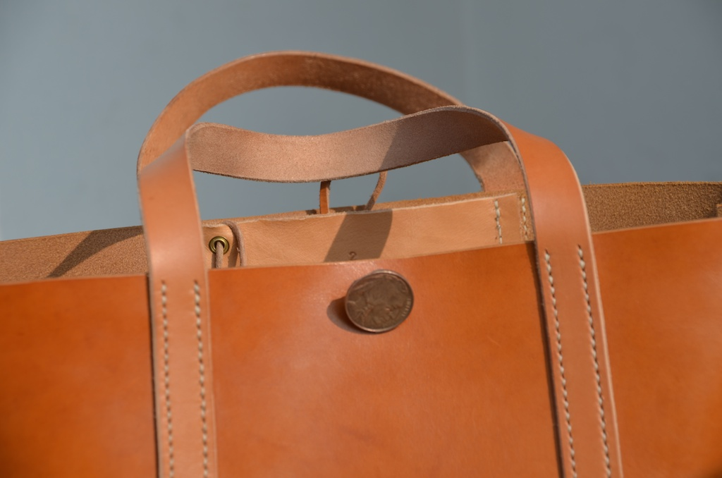 84791d335f be-cause-bag – Leather Tote bag project