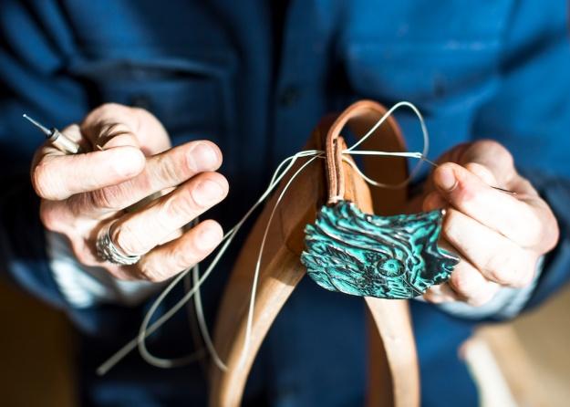 handsewn belt, handgenähter ledergürtel